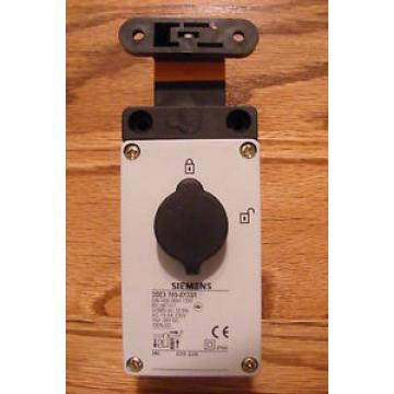 Siemens  Position Switch w/ Interlock 3SE3760-8XX01 3SE37608XX01
