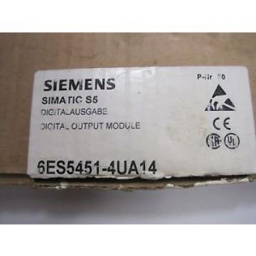 Siemens NEW 6ES5451-4UA14 OUTPUT MODULE 6ES54514UA14